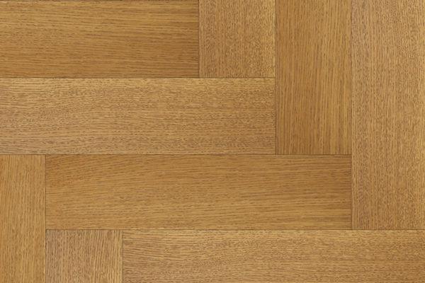 Массивная доска елочкой Дуб DIOFA селект 100 мм