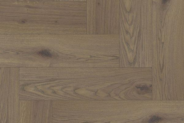 Массивная доска елочкой Дуб MIRAM селект 100 мм